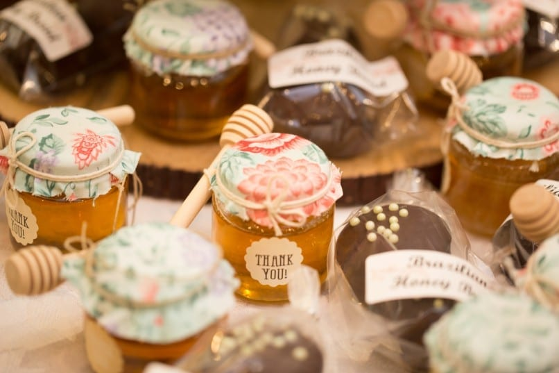Cute wedding favors to photograph